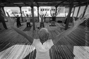 yoga_64.jpg